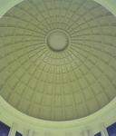 東京駅丸の内口改札前頭上に広がるドーム天井